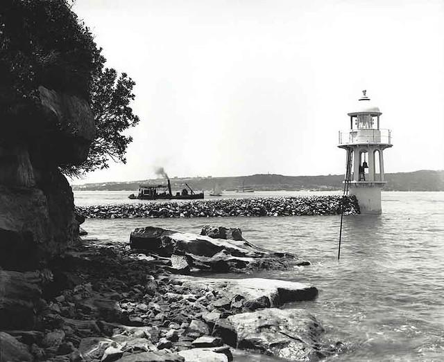 Bradleys Head Lighthouse