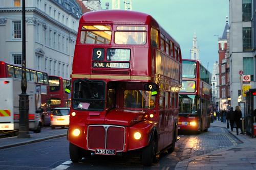 Nuevos autobuses para londres con dos pisos claro un mundo perplejo - Autobuses de dos pisos ...