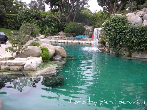 Flickriver piera peruvian 39 s photos tagged with grotto - Playboy swimming pool ...