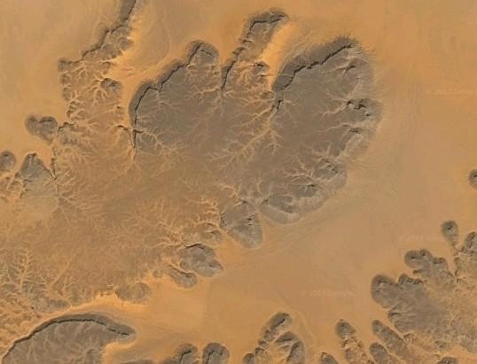 Meseta de Gilf Kebir en Google Maps