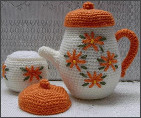 Hot Dog Amigurumi - Free Crochet Patterns - StringyDingDing | 378x450