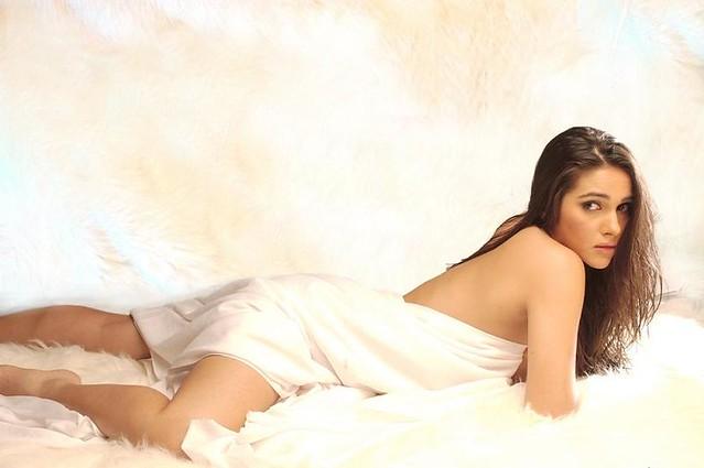Hot Indian model actress