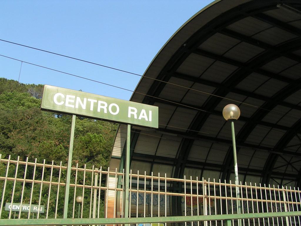 Tanto spazio a Renzi in Rai, scatta la sanzione dell'Autorita'