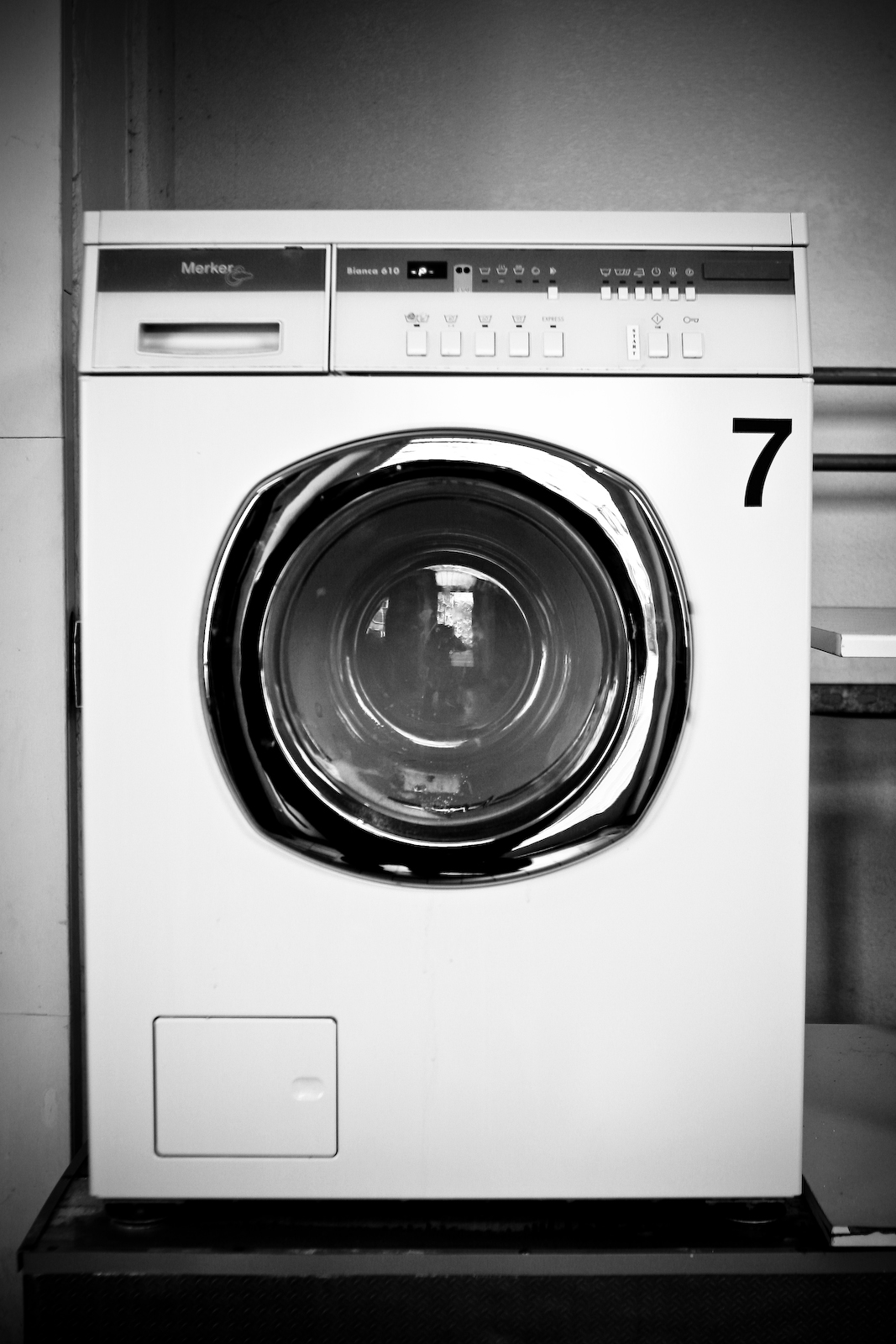 Self-Service Laundry No. 7