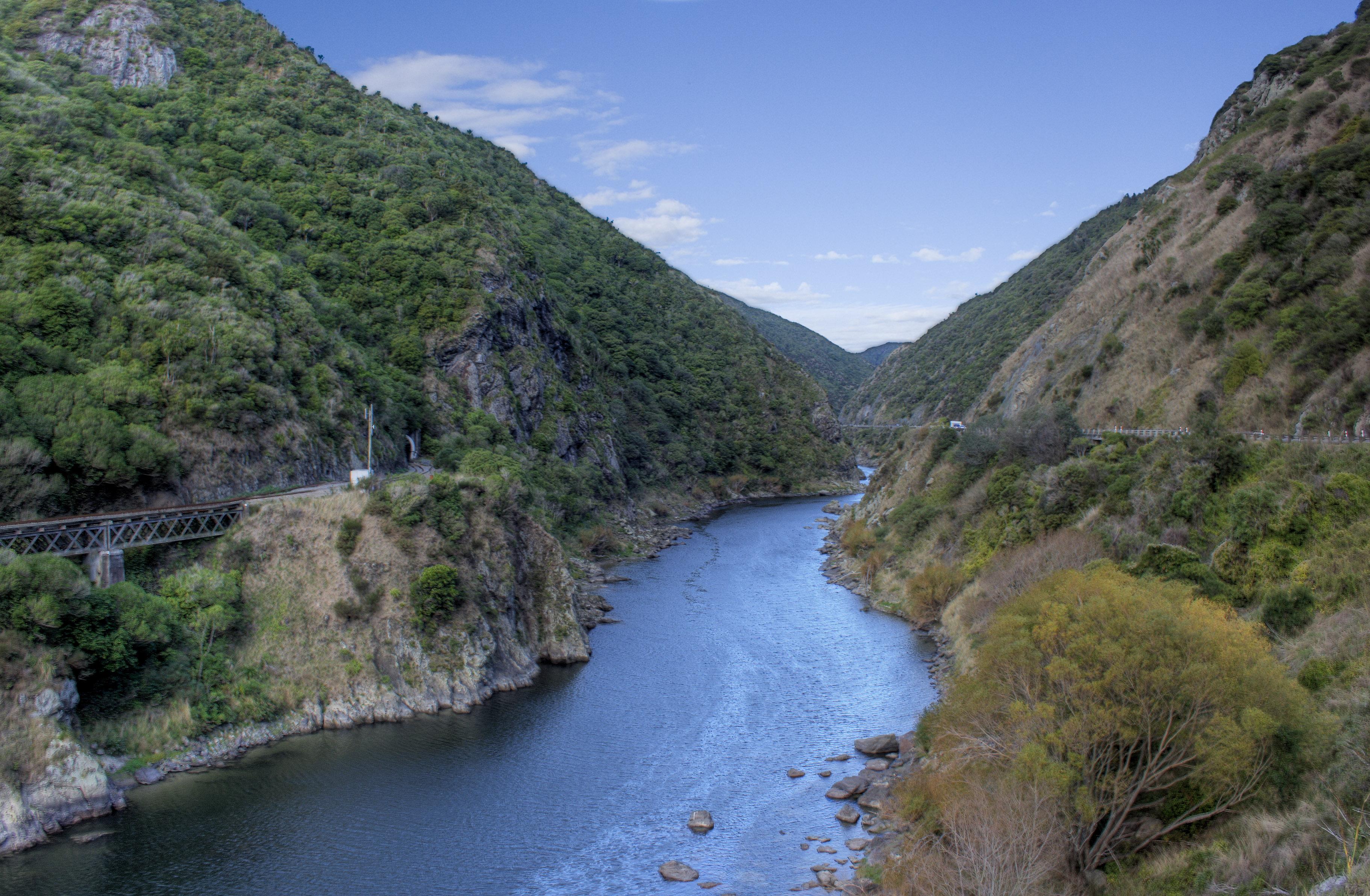 No end in sight for Manawatu Gorge road | Stuff.co.nz