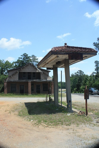 Long forgotten gas station and general store