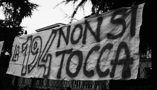 Bologna, manifestazione a favore della legge 194
