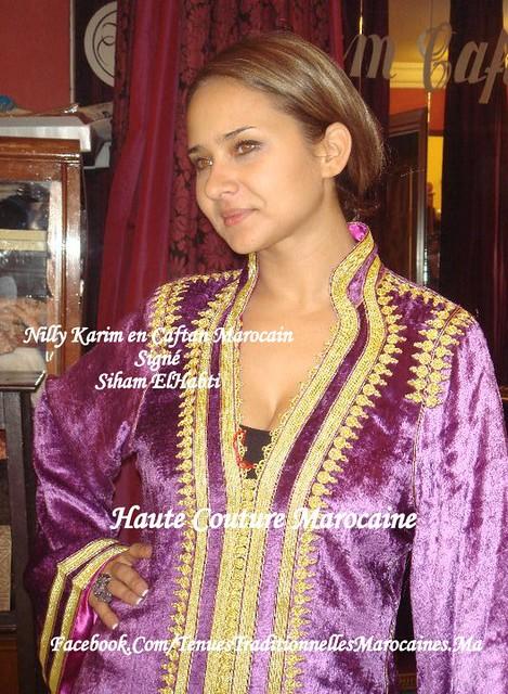 Nilly Karim Porte un Caftan Marocain