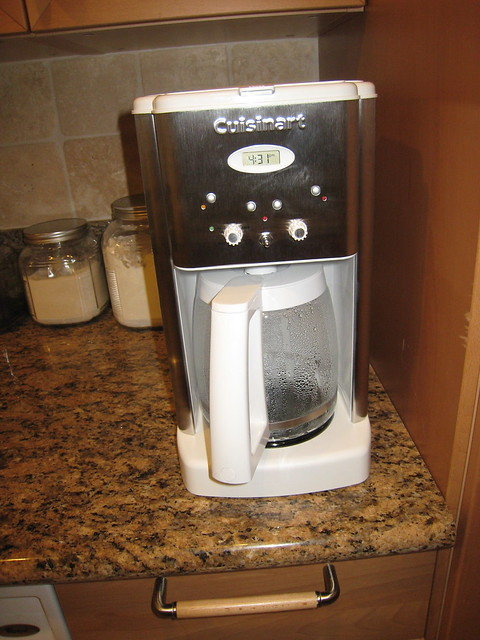 Coffee Maker How Stuff Works : new cuisinart coffee maker The new coffee maker. Works wel? Flickr - Photo Sharing!