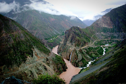 Gorges on the Tibet frontier (瀾滄江)