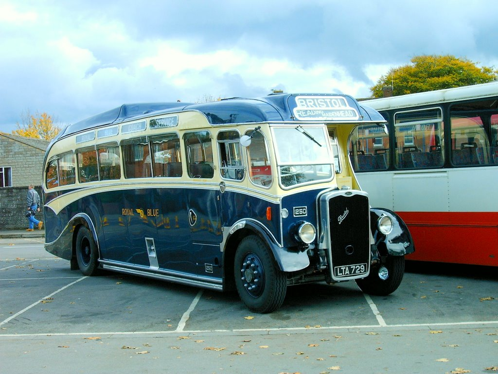 Western National 1250 (LTA 729)