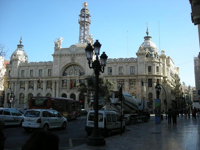Palacio de comunicaciones oficina central de correos for Horario oficina de correos valencia