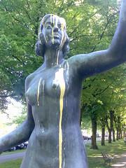 Bukkake statue