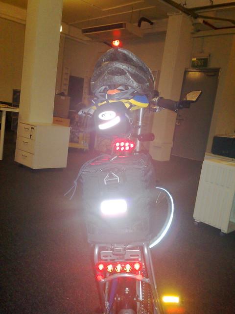 Dahon mu p24 rear lights for rear red blinking lights i h