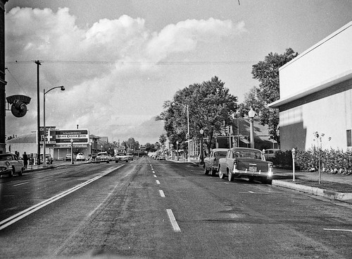 Van Ness looking NW in Fresno in 1961