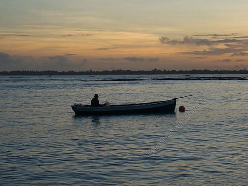 sunrise dawn boat fishing fisherman mus mauritius pamplemousses pointeauxcanonniers