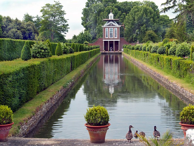 Dutch Water Garden