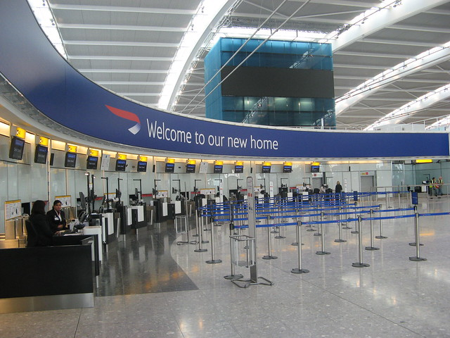 how to get to thistle hotel heathrow from terminal 5