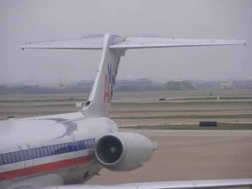 AA MD80