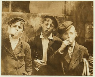 No Known Restrictions: Newsies at Skeeter's Branch, Jefferson near Franklin, St. Louis, Mo. by Lewis Hine, 1910 (LOC)