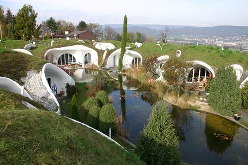 Earth House Estate Lättenstrasse