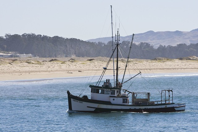 Fishing boat morro bay flickr photo sharing for Morro bay fishing