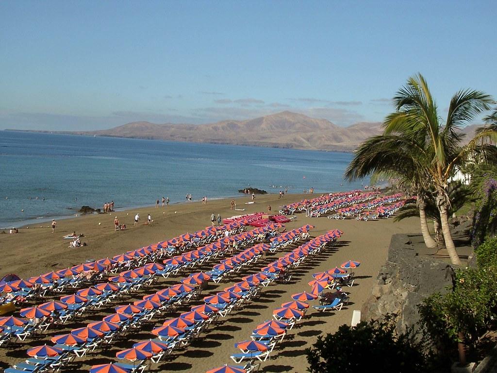 Пляж Пуэрто-дель-Кармен Канары