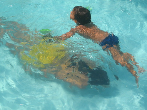 water pool swimming under over piscina danny ceara iguape views300 dayanne