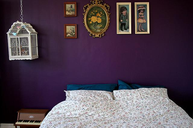 Фиолетово бежевый интерьер