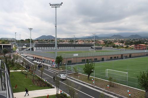 Calcio catania porte aperte a torre del grifo siciliatoday - Torre del grifo piscina ...