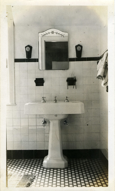 bathroom | Flickr - Photo Sharing!