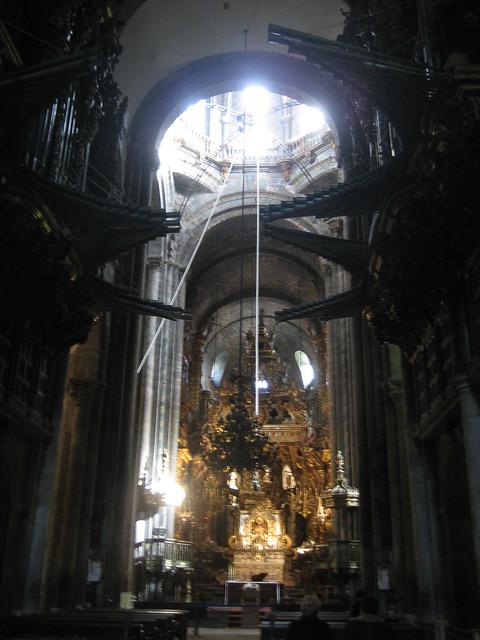 Interior of the santiago de compostela cathedral main alt - Interior santiago de compostela ...