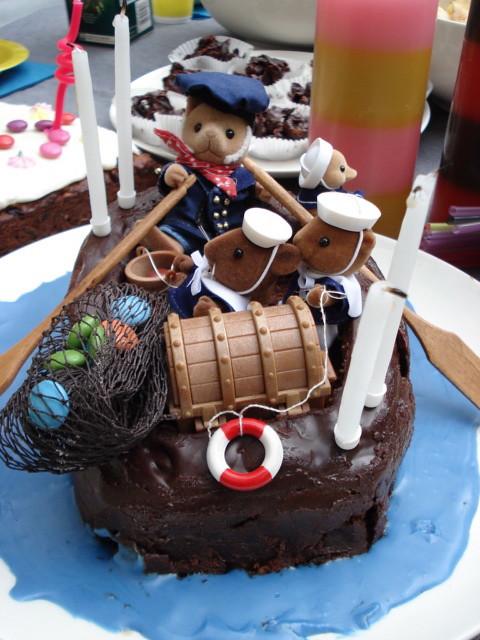Speed Boat Cake Pan