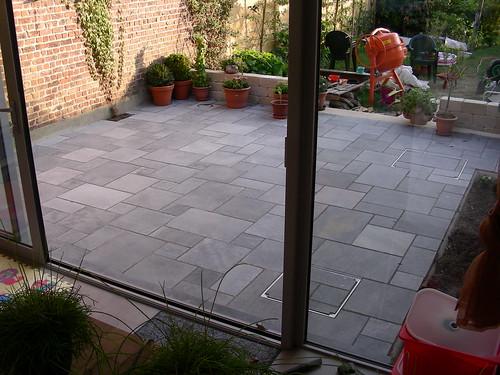 Blauwe steen tegels terras met of zonder voeg enz for Tegels zonder voeg
