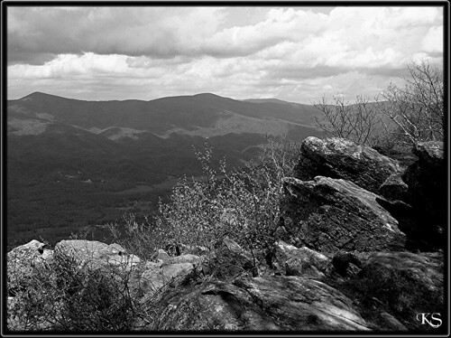 sky mountain clouds georgia blackwhite fort chatsworth fortmountain