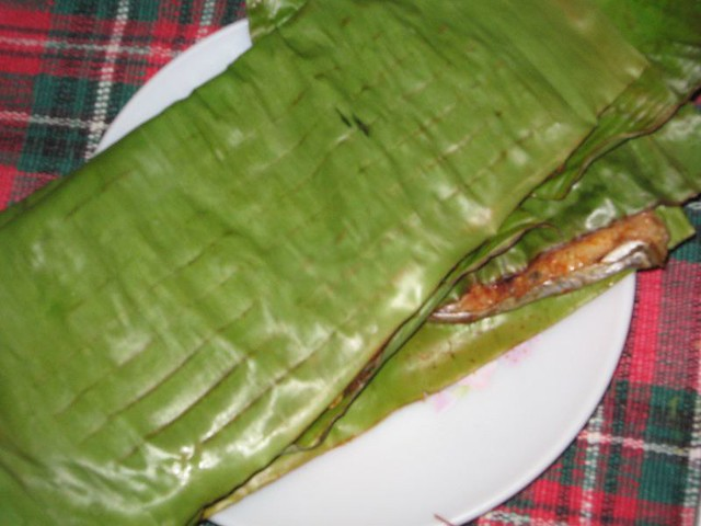 Fish grilled in Banana Leaf | Flickr - Photo Sharing!