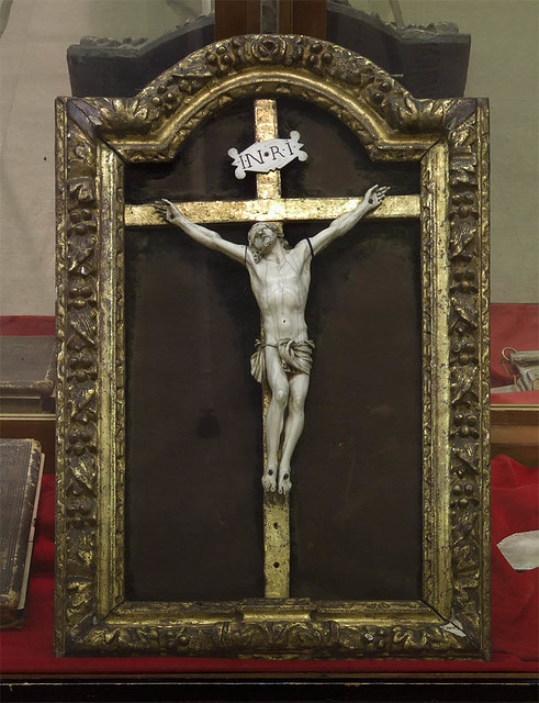Museum of the Basilica of Saint Louis, King of France, in Saint Louis, Missouri, USA - crucifix.jpg