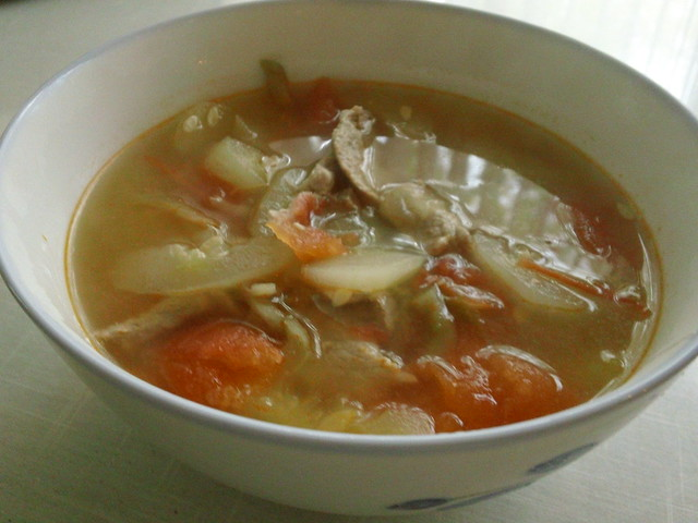 Simply Good Eating » Chinese pork tomato cucumber soup
