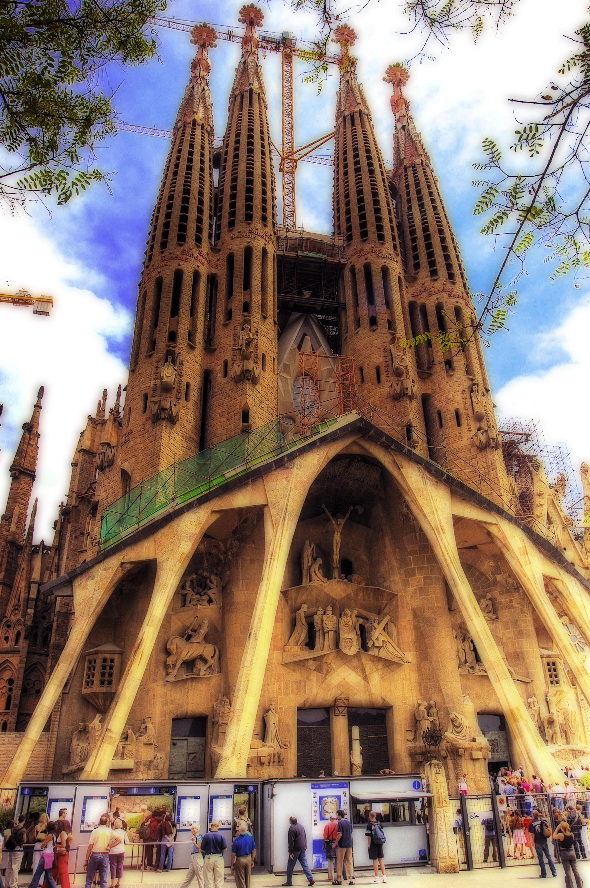 Barcelona sagrada familia flickr photo sharing for Familia barcelona