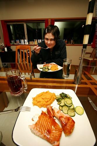 thanksgiving dinner plates: before    MG 6548