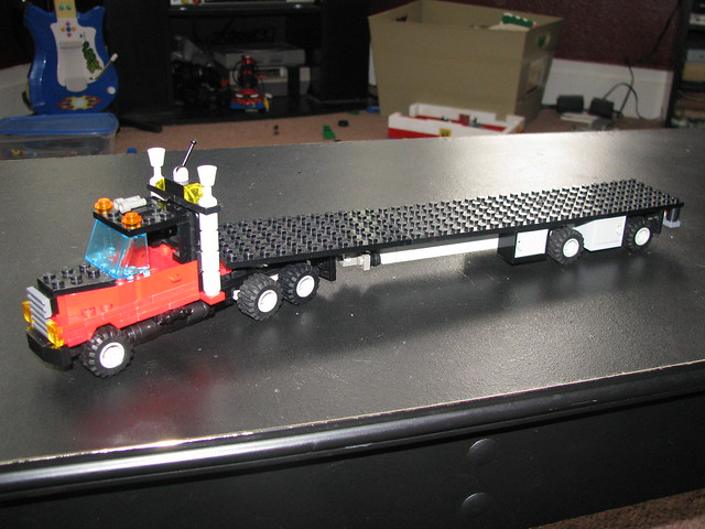 lego tractor trailer | day cab - 129.8KB