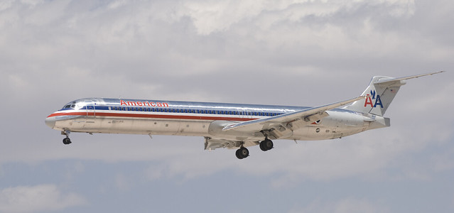 American Airlines S80 Jet http://www.flickr.com/photos/26810924@N07/2511801535/