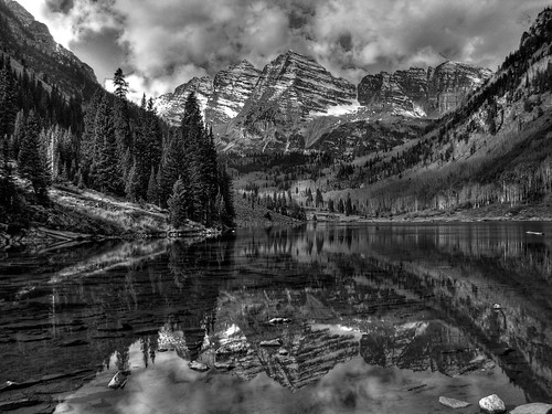 blackandwhite bw mountains reflection clouds landscape colorado 14er chiaroscuro hdr 14ers maroonbells artlegacy