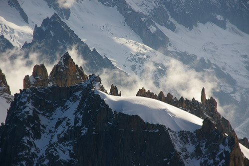 Boires i crestes del Mont-Blanc / Clouds and peaks in the Mont-Blanc