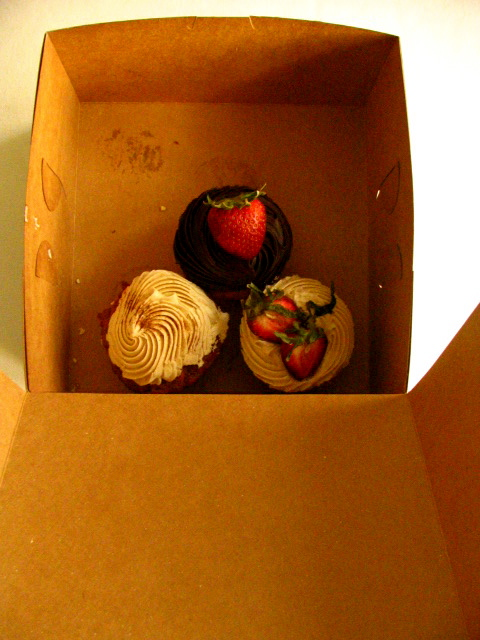 Bleeding Heart Bakery Cupcakes | Flickr - Photo Sharing!