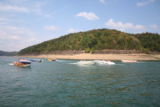 Lake Cumberland Houseboat Reservations  Houseboat Rentals