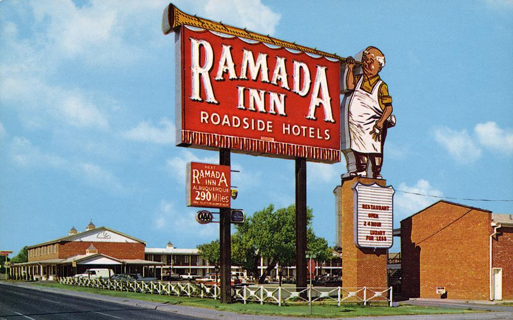 Ramada Inn postcard - Amarillo, Texas U.S.A. - 1963