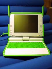 Woo hoo, my new OLPC XO-1!