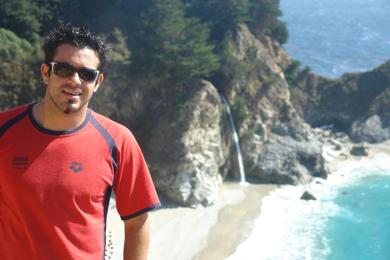Yo, en la caminata y sendero hacia el mirador del Pacífico. Pfeiffer State Park, fusión de tierra y agua - 2528657932 4727680e28 o - Pfeiffer State Park, fusión de tierra y agua