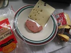 my breakfast - braunschweiger and cheese